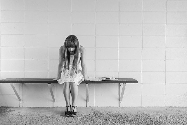 Ohne Depressionen aus der Wirtschaftskrise mit Expertinnen und Experten