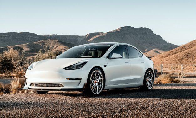 Tesla Aktie – Elektroauto Hersteller auf der Überholspur